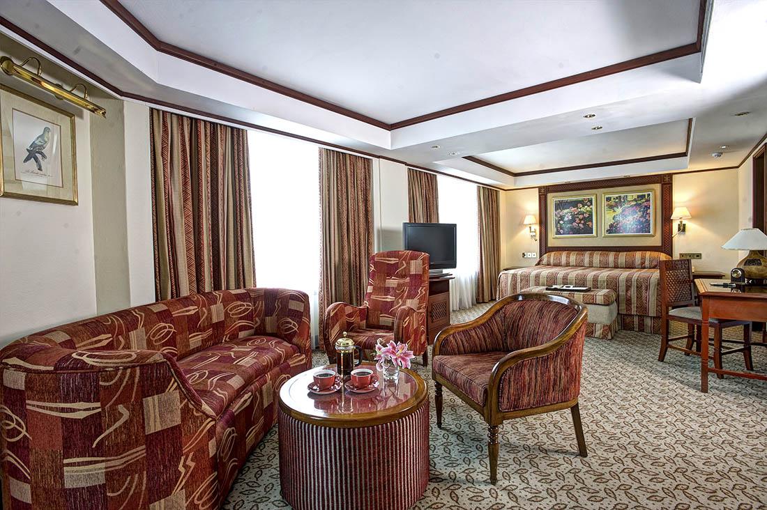 Nairobi Serena Hotel_Garden Suite 2