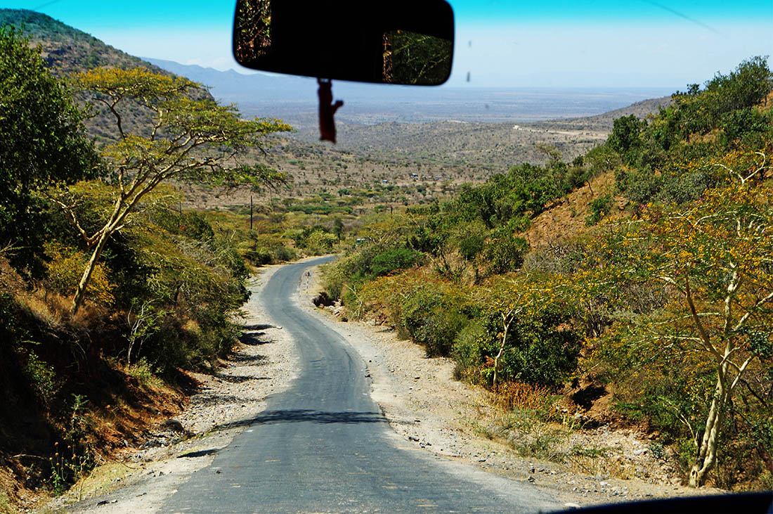 Lake Magadi_Road