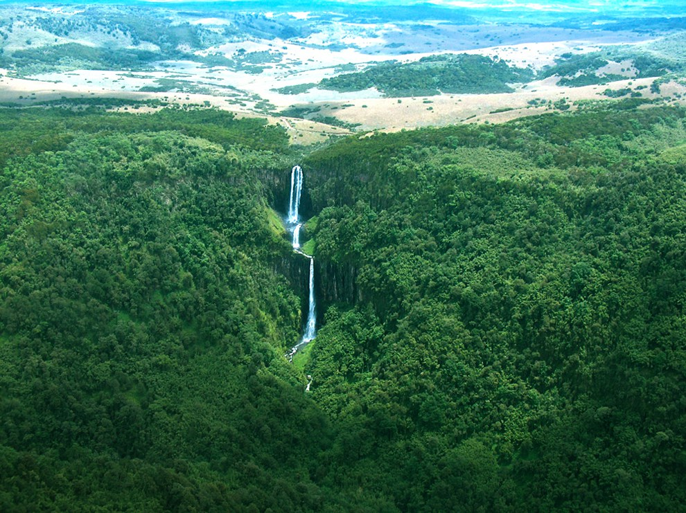 Aberdare National Park_karuru water falls