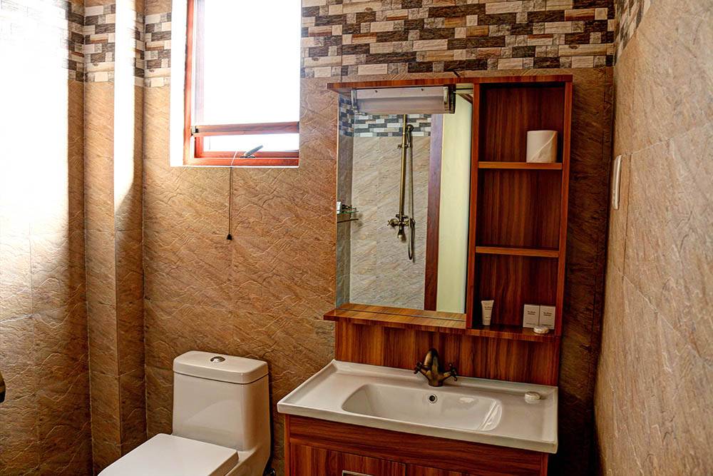 Panari Resort_bathroom