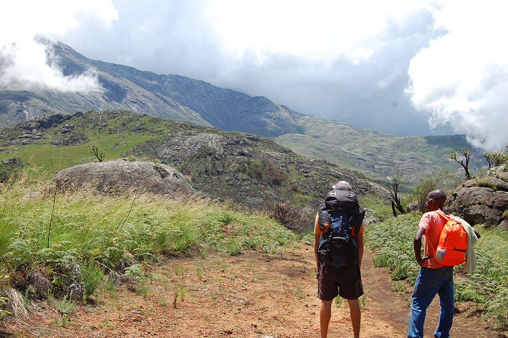 Mount Mulanje_walking towards 2