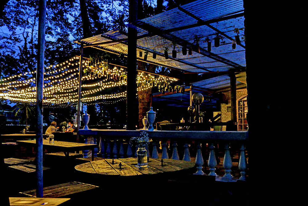 The Juniper Kitchen_By night1