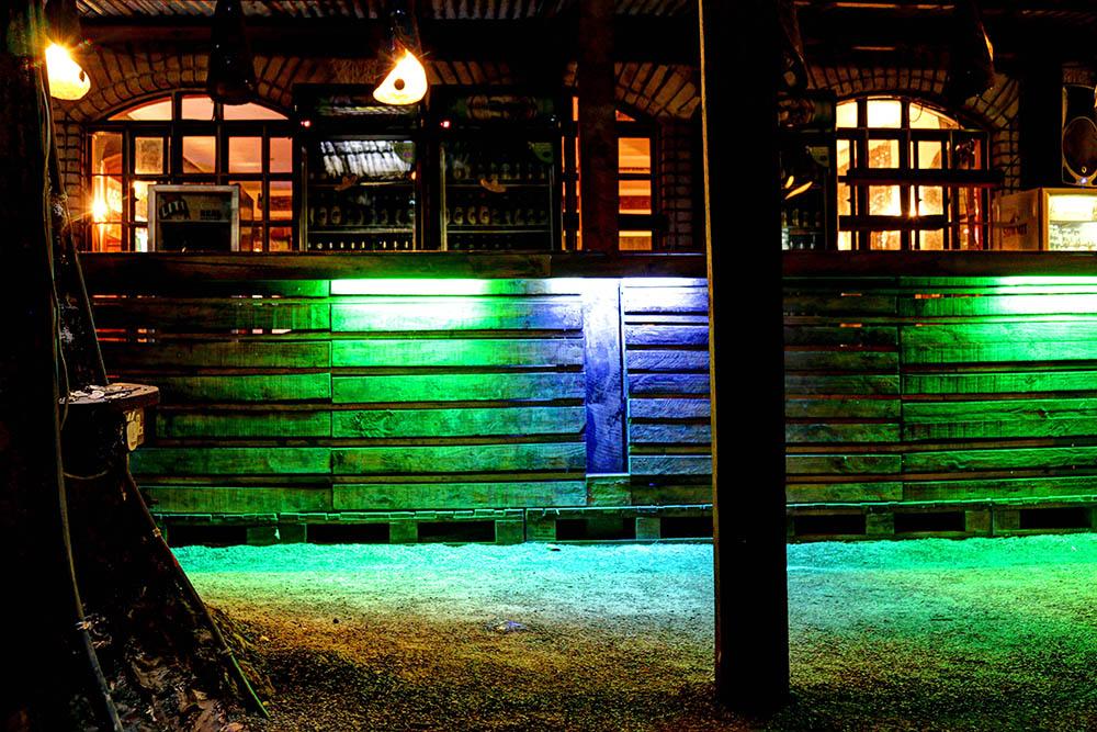 The Juniper Kitchen_Outdoor Bar