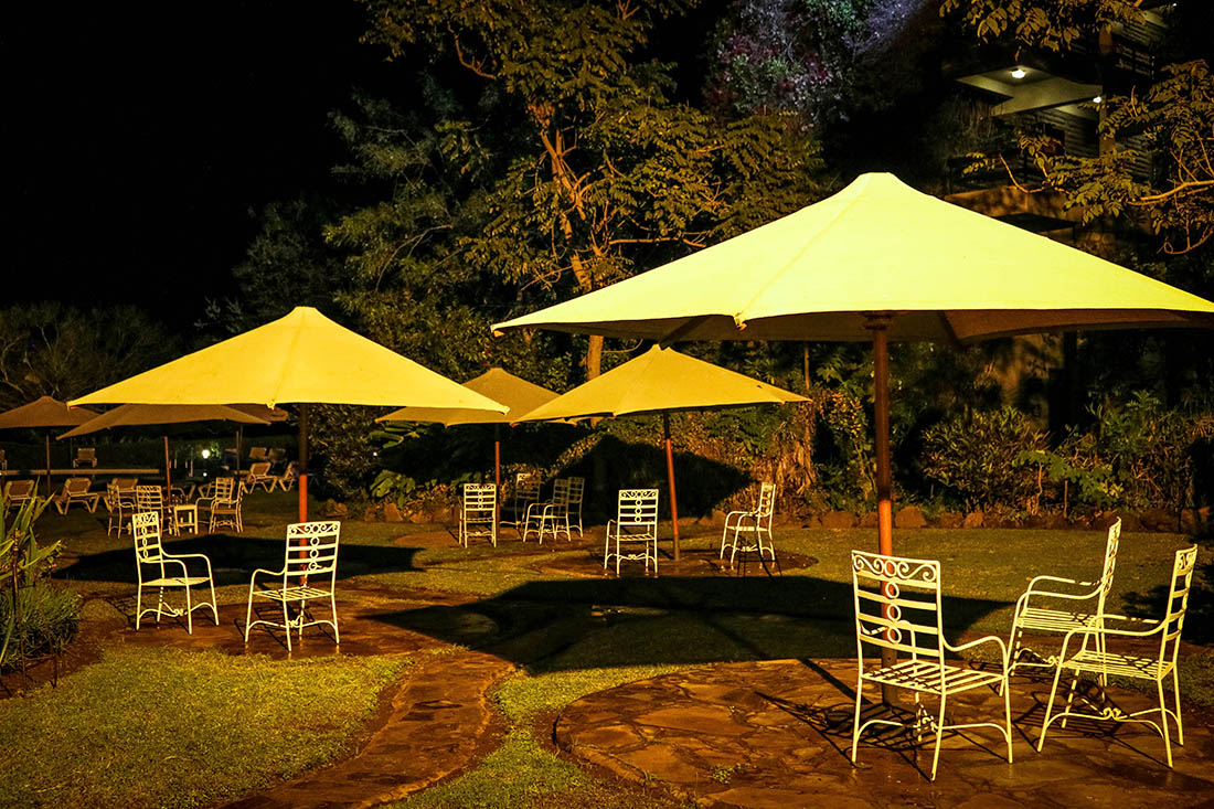 sarova-taita-hills-game-lodge_pool-area