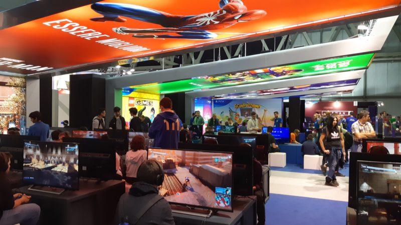 Girando per milan games week 2018 playstation fortnite e for Casa moderna fortnite