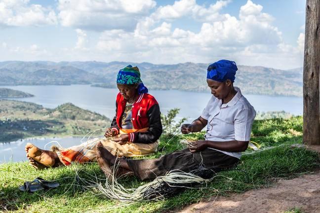 safari-in-rwanda-virunga-lodge_05