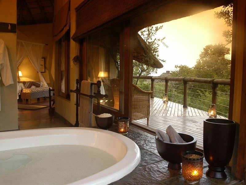 Makweti Safari Lodge in Welgevonden Game Reserve