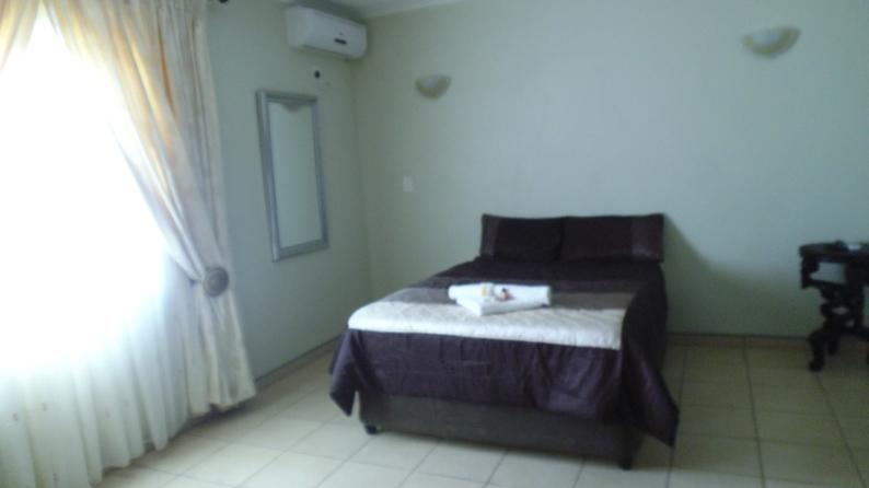 small flat screen tv for kitchen wusthof knives hanyani lodge in giyani - airportstay.co.za