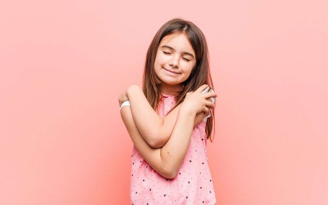 """HUGS! A """"Greeting Guide"""" for Kids, Parents and Relatives"""