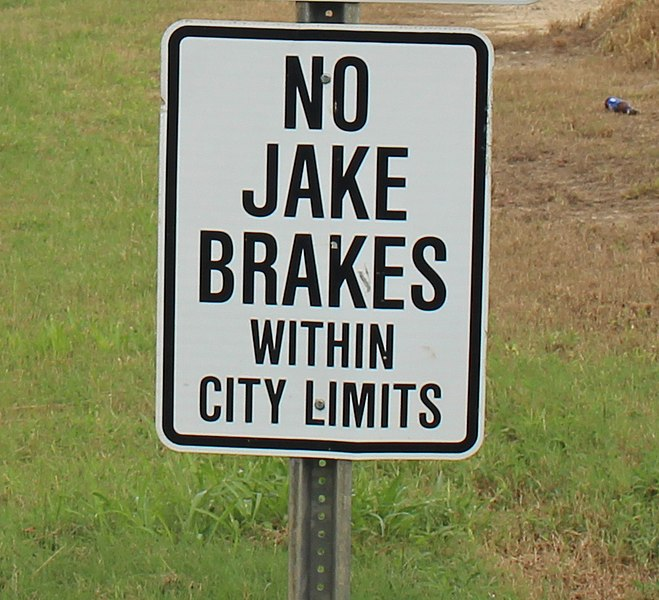 Using the Jake Brake Dos and Donts  SafeLine Truck