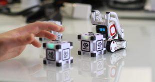Συμβουλές προς γονείς να προσέχουν τα έξυπνα παιχνίδια που αγοράζουν στα παιδιά τους
