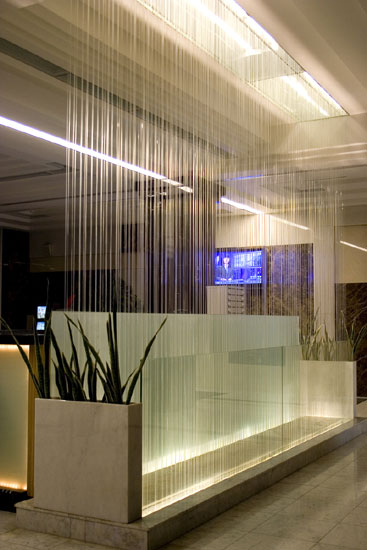 Indoor water curtain