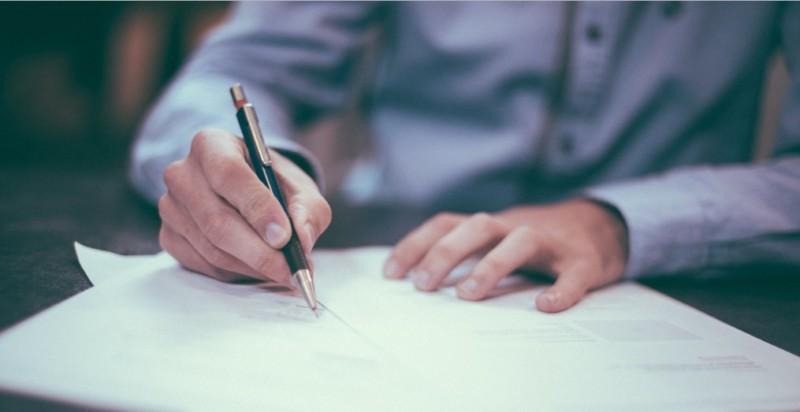 menulis sendiri lamaran kerja
