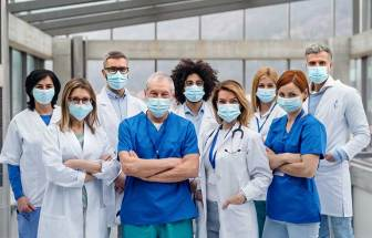 Global nurses group pushes WHO for stronger stance on COVID-19 protections | 2020-12-21 | Safety+Health Magazine