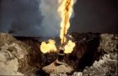 Kuwait oil fires 00028