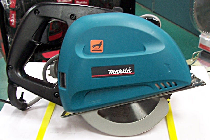 Portable Saws and Grinders