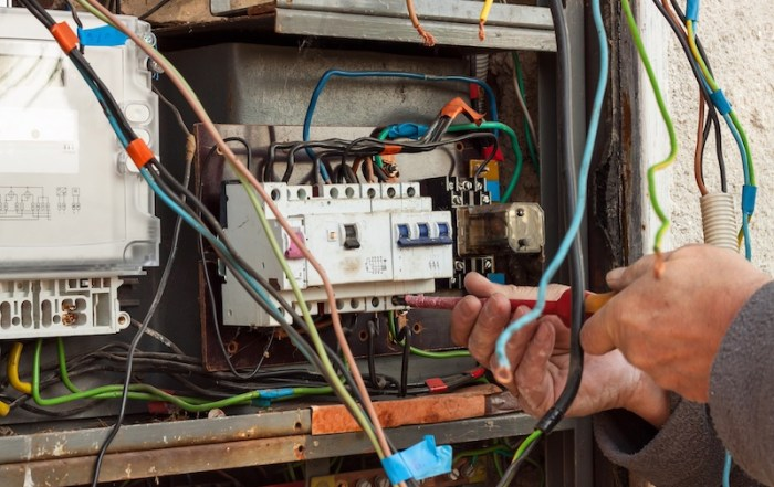 Electrical contractor safety