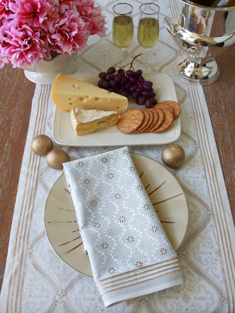 Vanilla Glacé Napkin - Saffron Marigold