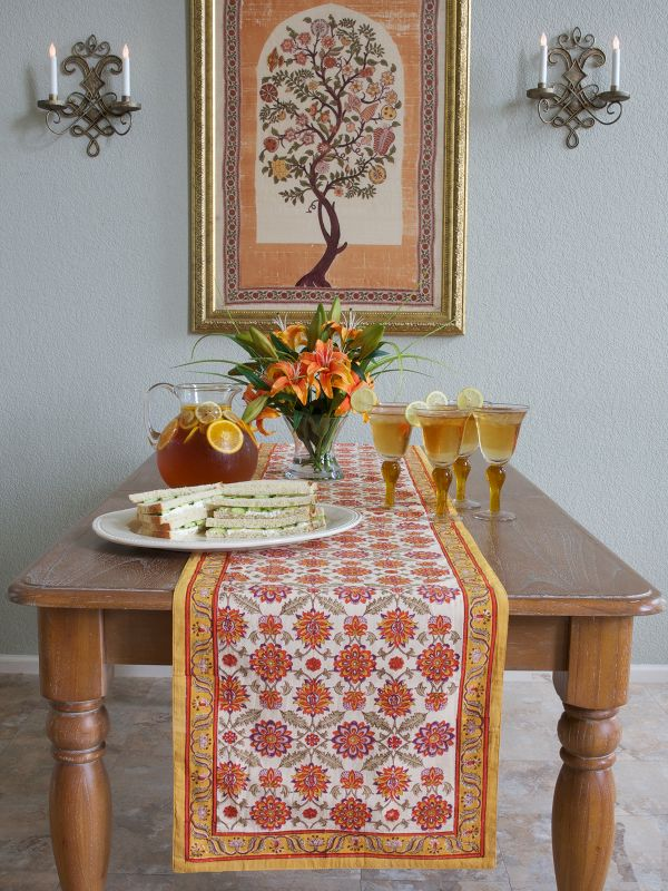 Vibrant Fall Colors Make Your Dining Room Sing Saffron