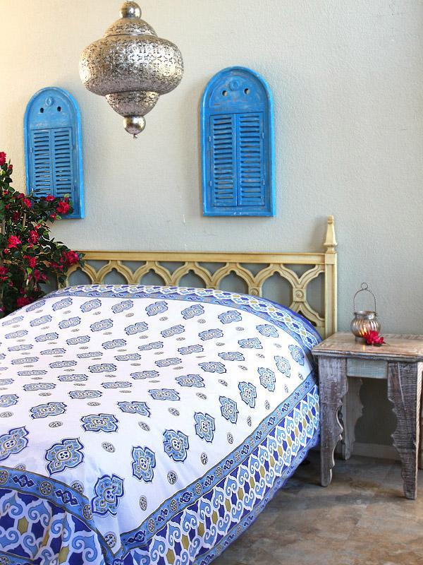 casablanca moroccan theme white
