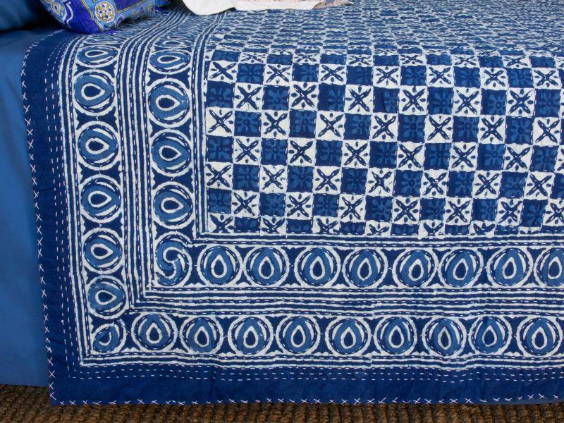 kitchen napkins non slip work shoes for designer india blue batik quilted king size bedspreads ...
