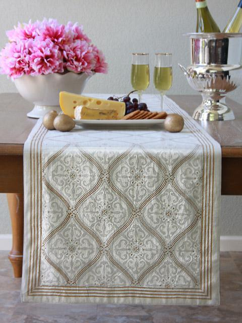 White Table Runner Wedding Table Runner Elegant Table