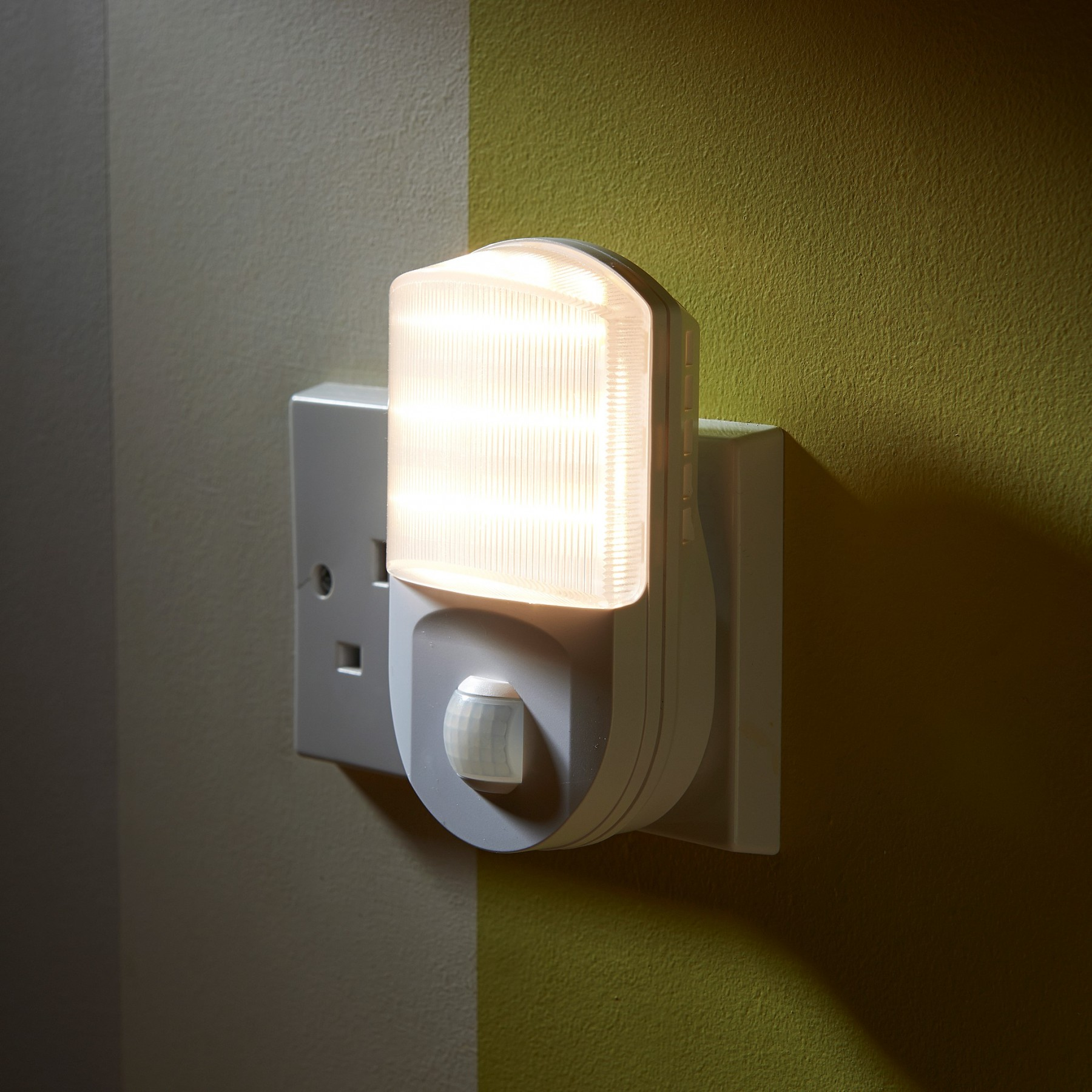 Motion Sensor Light Socket