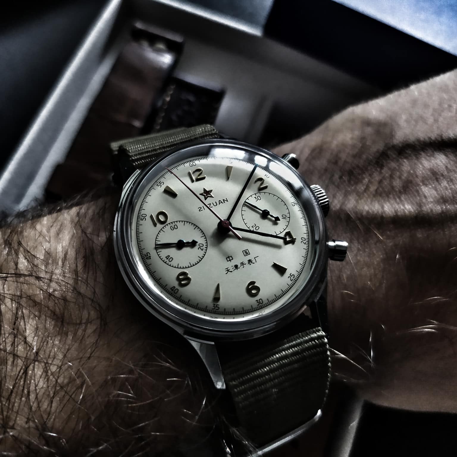 Review Seagull 1963 Air Force Chronograph