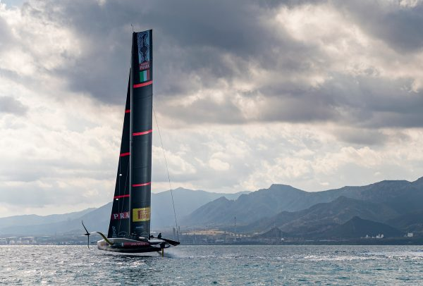 Panerai becomes official timekeeper of the Prada Cup