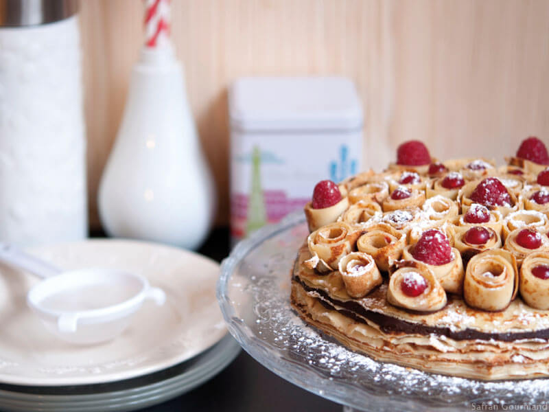 Gâteau de Crêpes « Bouquet de Roses »