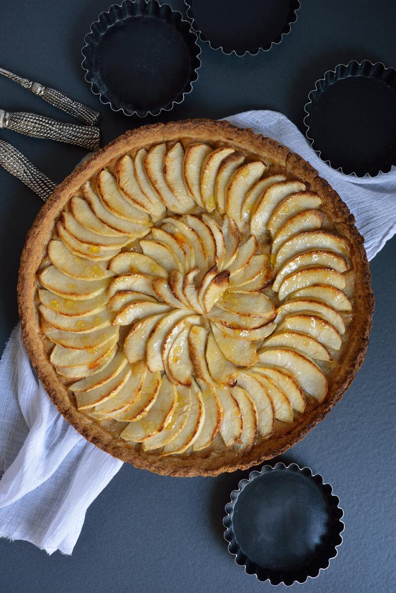 Tarte aux Pommes & Bananes