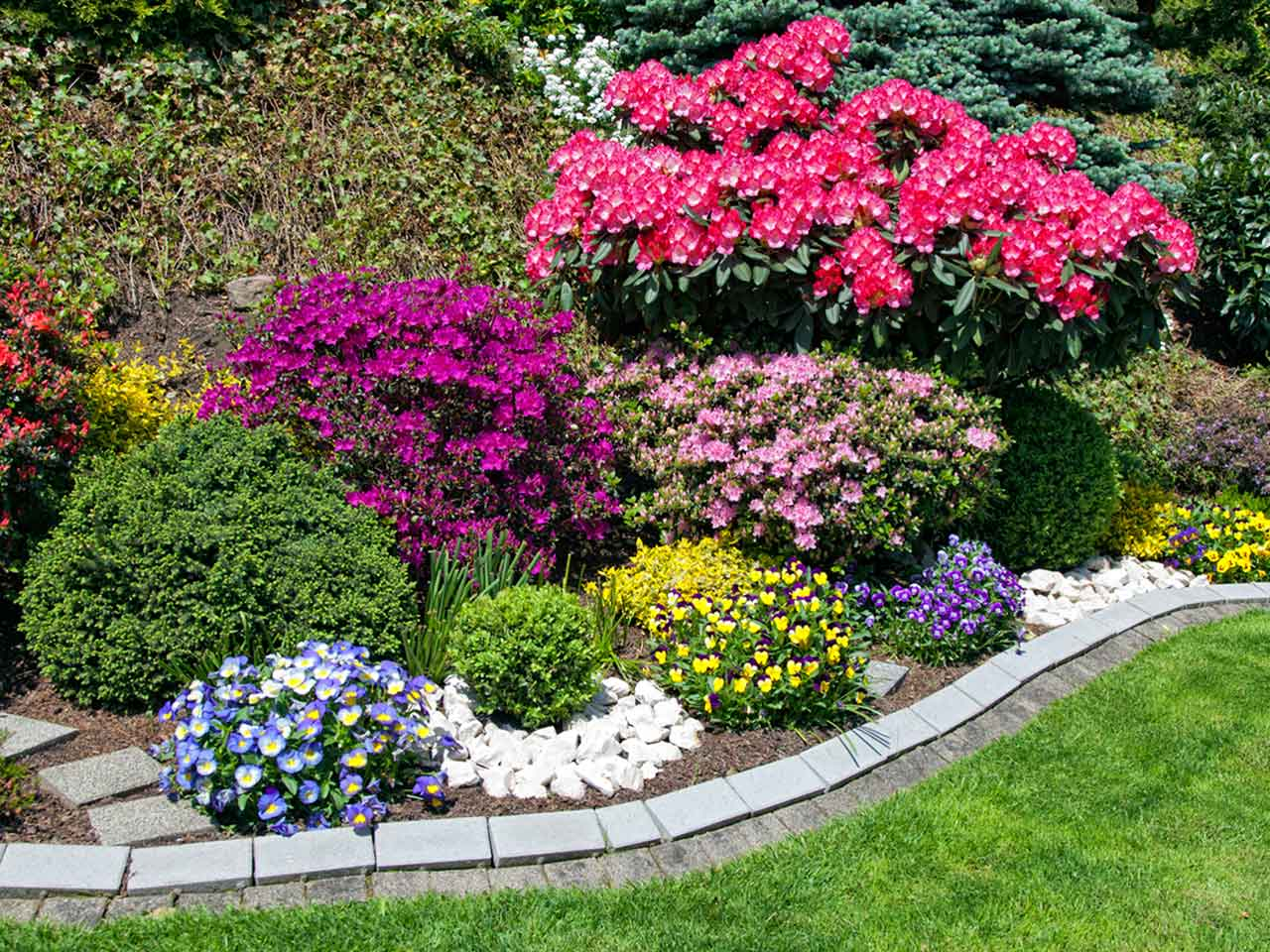 15 Garden Landscaping Ideas Love The Garden