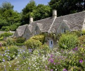 cottage garden border ideas