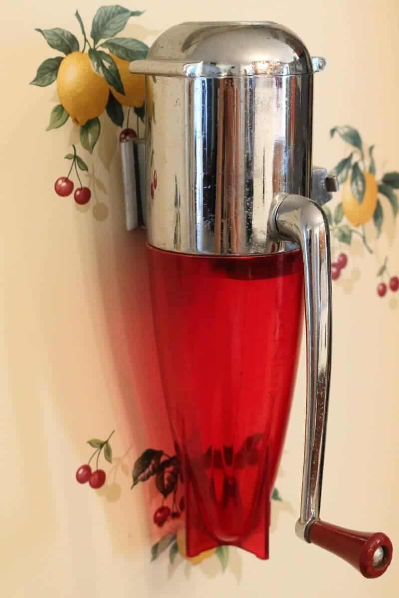 Vintage Dazey rocket ice crusher with red & chrome body