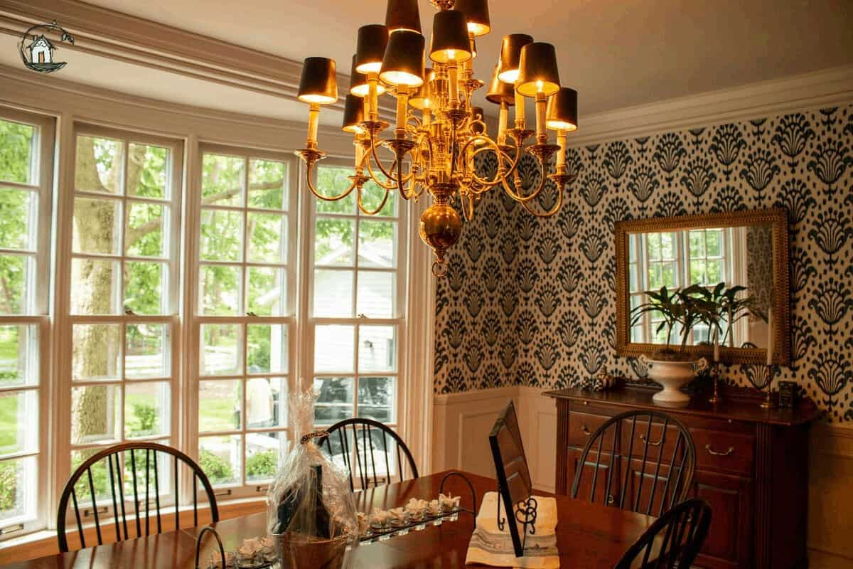 Photo of dining room on old house tour.