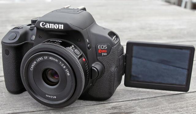Canon-Rebel-T4i-pancake-LCD