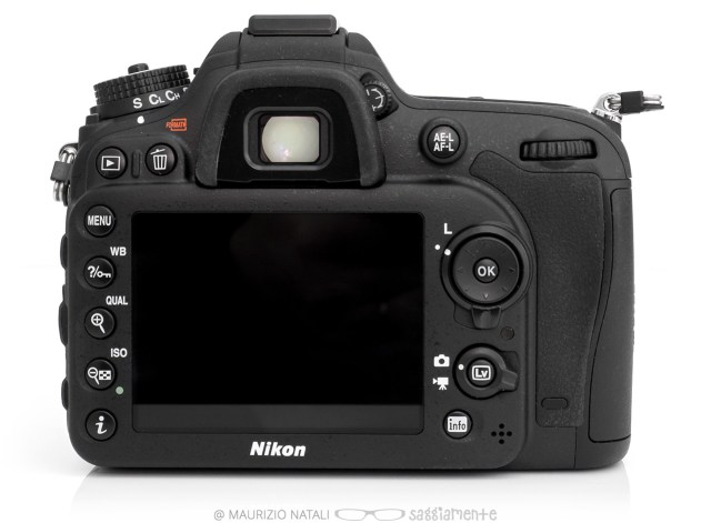 nikon-d7100-back