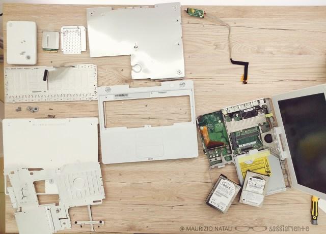 ibook-g4-smontato