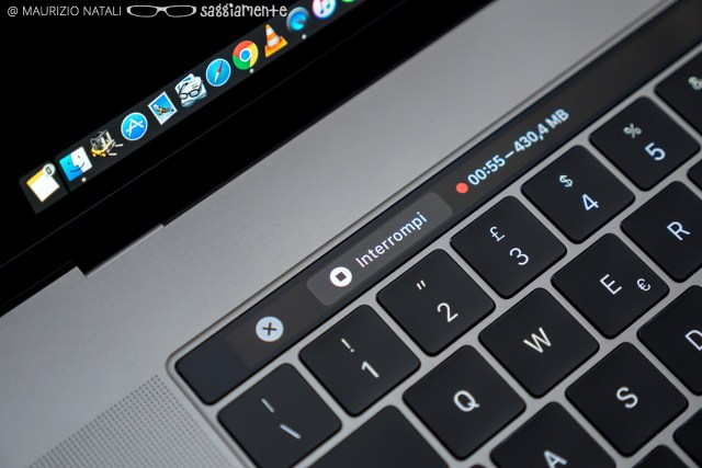 macbookpro15-touchbar-quicktime