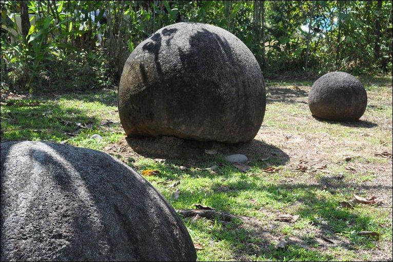pietre Costa Rica