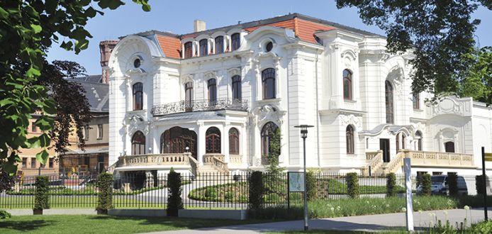 Weie Villa Aschersleben  Hochzeitsorte  Sag Ja