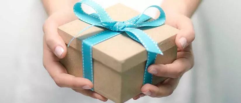 Memberikan Hadiah