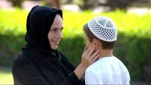 Pesan-pesan Rasullullah tentang tata cara mendidik anak menurut Islam