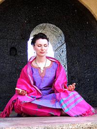 meditator_sitting_lg
