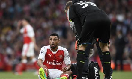 "Wenger confirms Coquelin suffering with ""knee problem"""