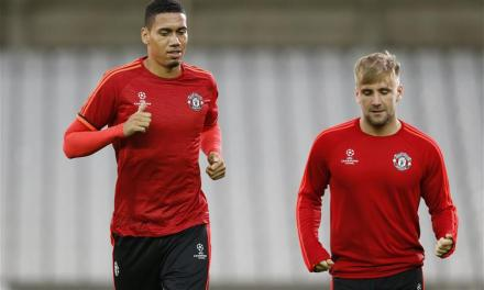 Gareth Southgate seeks to avoid Mourinho row after Man Utd boss publicly questions Smalling and Shaw