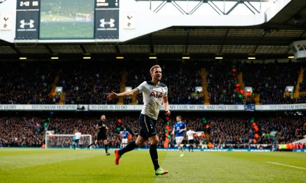 Harry Kane leads Tottenham to important win against Everton