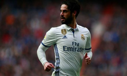 Andres Iniesta And Denis Suarez would welcome Isco at Barca