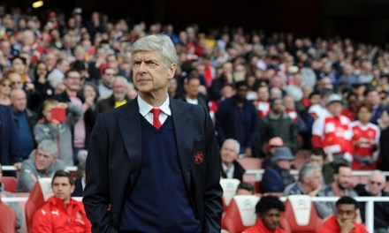 Arsenal manager Arsene Wenger signs two-year deal, targets title challenge