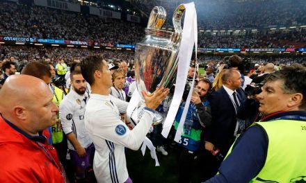 """I Wish Ronaldo Was Argentine""- Maradona"